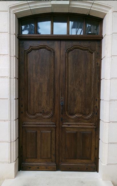 exemple de restauration d 39 une porte d 39 entr e ancienne en ch ne 2 vantaux. Black Bedroom Furniture Sets. Home Design Ideas