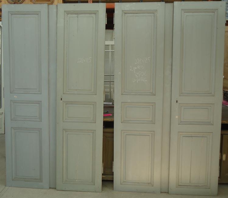 Placard en pin xix eme vente de portes anciennes et contemporaines for Porte de placard bois