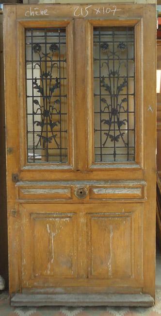 Portes d 39 entree anciennes ajourees un vantail vente de for Isolation porte d entree ancienne