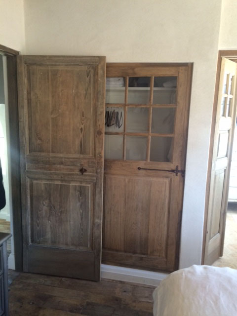 vieille porte en bois ancienne id e int ressante pour la conception de meubles en bois qui. Black Bedroom Furniture Sets. Home Design Ideas