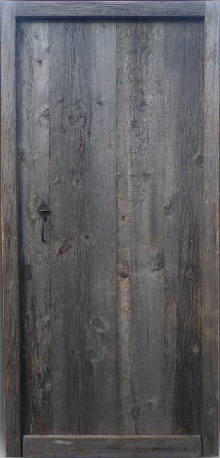 Porte d 39 entr e bois massif en vieux bardage for Porte d entree provencale