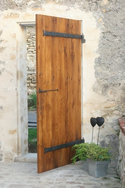 Vente de portes anciennes et contemporaines for Porte de cloture en bois