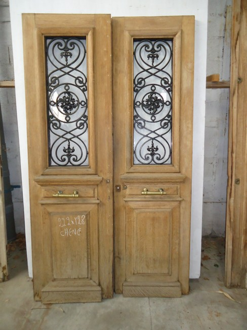 Portes d 39 entree anciennes ajourees 2 vantaux vente de for Comdimension porte d entree