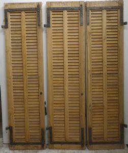 Pers 04 portes de placard for Porte placard persienne bois